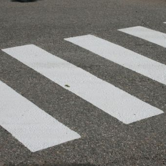 Road Marking Paint - White | Tikkurila | Buy Paint Online| 006 6900 0060|006 6900 0060_3_Tie_ja_Katumaali_1.JPG
